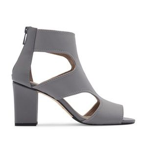 DONALD J PLINER Valerie-D Cut Out Sandal Heel
